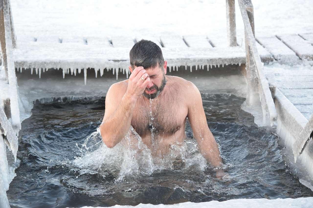 крещенское купание картинки что, верил